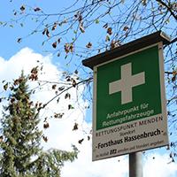 Schild: Rettungspunkt im Mendener Stadtforst.