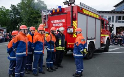 Du bist zwischen 12 und 18 Jahre und hast Lust auf die Feuerwehr?