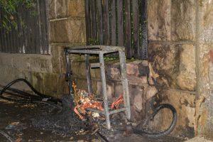 Brennender Stromkasten auf der Kirmes