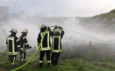 Feuerwehr übt am Forsthaus Lahr