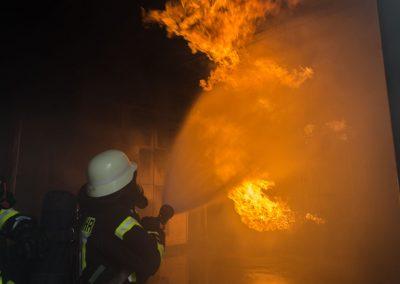Ausbildung im Brandhaus der Berufsfeuerwehr Dortmund