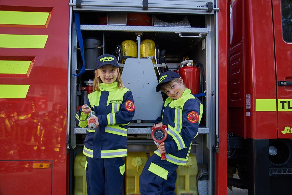 Das sind unsere eigenen Uniformen :-)