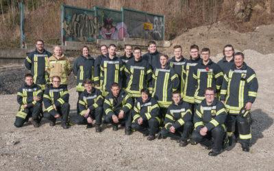 21 ehrenamtliche Feuerwehrleute ausgebildet