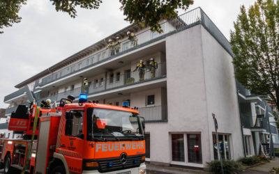 Küchenbrand in Mehrfamilienhaus